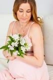 цветет беременная женщина Стоковое Фото