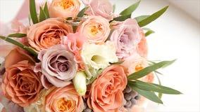 цветка dof букета розы пункта центрального фокусные низкие wedding Букет ` s невесты на день свадьбы цветки букета различные Буке Стоковое фото RF