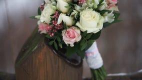 цветка dof букета розы пункта центрального фокусные низкие wedding Букет ` s невесты на день свадьбы цветки букета различные Буке Стоковые Изображения