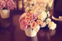 цветка dof букета розы пункта центрального фокусные низкие wedding Стоковые Изображения