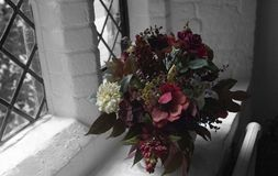 цветки букета освещенные естественно стоковая фотография