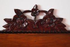 Цветки ваянные в древесине Стоковое Фото