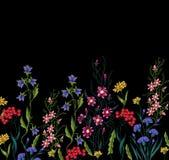 Цветки вышивки Стоковые Фото