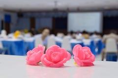 Цветки в семинаре конференц-зала Стоковая Фотография RF