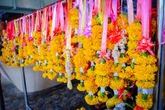 Цветки гирлянды жасмина и использование их в украшениях Стоковое Изображение