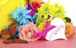 Цветки и бабочка весны Стоковые Изображения RF