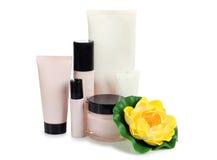 Цветки и контейнер parfum Стоковое фото RF