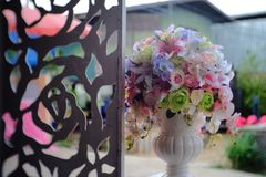Цветки и предпосылка Стоковое Фото