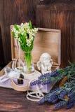 Цветки и состав оформления ангела Стоковая Фотография