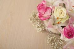 цветки корзины изолировали белизну Стоковое фото RF
