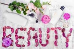 Цветки лосьона красоты cream Стоковые Изображения