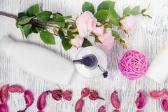 Цветки лосьона красоты cream Стоковое Изображение RF
