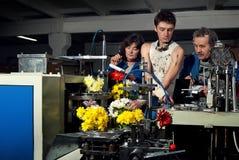Цветки на продукции машин на factory4 Стоковые Изображения RF