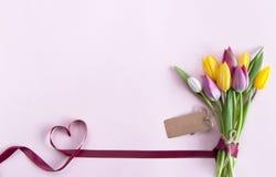 Цветки подарка Стоковые Фото