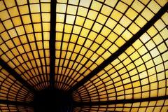 Цветное стекло золотого желтого цвета Стоковое Фото