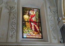 Цветное стекло Eustachius Святого в соборе Matera Стоковые Изображения