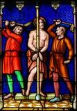 Цветное стекло - Flagellation Иисуса Христоса на страстной пятнице стоковая фотография