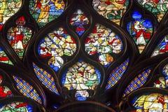 Цветное стекло Sainte Chapelle Париж Франция розового окна Луис девятое Стоковые Изображения