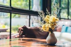 Цветок вазы Стоковые Фотографии RF