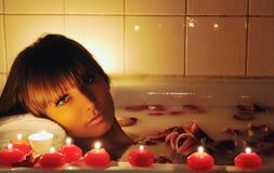 Цветок ванны женщины Стоковые Изображения RF