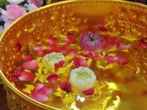 Цветок в дуновении, фестивале воды стоковая фотография rf
