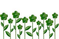 Цветок зелеными листьями иллюстрация вектора