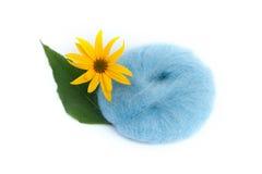 Цветок и пряжа Стоковые Фото