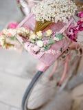 Цветок корзины велосипеда Стоковое Фото