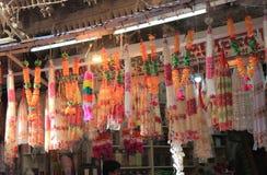 Цветок предлагая религиозное поклонение Индию стоковая фотография
