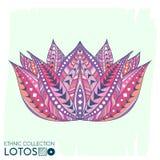 Цветок этнический, племенной стиль Lotos Печать Boho Ультрамодный высокий детальный кактус Совершенно посмотрите на футболке, сум Стоковые Фото