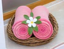 Цветок Leelawadee для украшения на розовом полотенце 2 Стоковые Фотографии RF