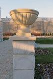 Цветочные горшки в парке Стоковое Изображение RF