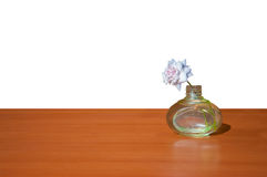 Цветочный горшок на таблице Стоковая Фотография RF