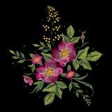Цветочный узор вышивки красочный с vinous розами собаки Стоковое Изображение