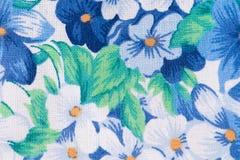 Цветочный узор на ткани Стоковые Фотографии RF