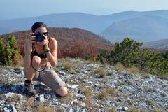 цветы производят эффект низким женщина насыщенная фотографом стоковая фотография rf