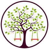 Цветя дерево с качаниями Стоковые Изображения
