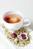 Цветя чай и сушит цветки Стоковое Изображение RF