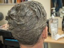 Цвет волос людей защищая шампунь Реновация волос Стоковое Изображение RF
