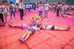 Цвет выставочного центра Чунцина, который побежали в молодые люди Стоковая Фотография