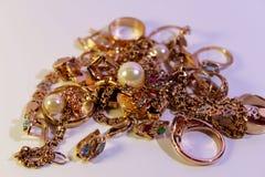 Цвет золота ювелирных изделий крупной партии стоковые изображения rf