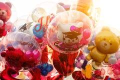 Цвет от симпатичного воздушного шара для градуированной церемонии университета Стоковое Фото