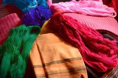 Цвет одежды и цвет шелка пряжи Стоковая Фотография RF