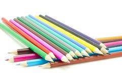 цвет предпосылки покрасил изолированные карандаши карандаша белым Стоковое Фото