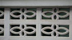 Цемент кирпича воздушных потоков на стене загородки стоковое изображение