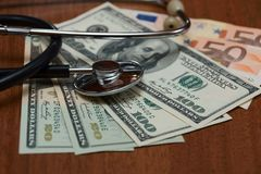Цена медицинских обслуживаний стоковое фото rf