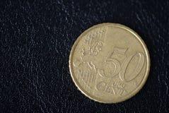 50 центов евро на темной предпосылке стоковое фото rf