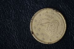50 центов евро на темной предпосылке стоковые изображения