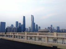 Центральная зона предпринемательства захваченная от моста Гуанчжоу стоковое изображение