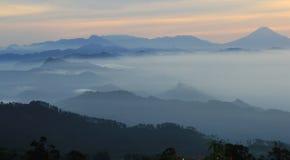 центральный взгляд Индонесии java гористый стоковая фотография